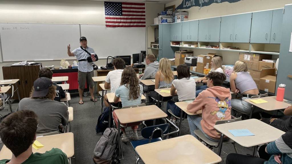 Coeur Dalene Lake City High Classroom With Students On The First Day Of School
