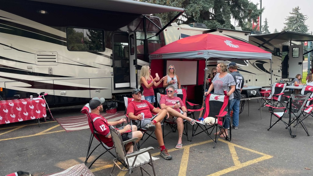 Cougs Reunite For Wsu Football Game