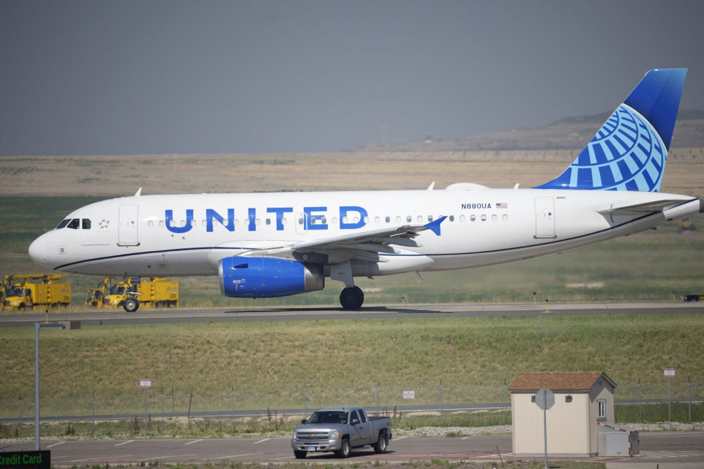 United Airlines Briefly Stops Flights After System Outage