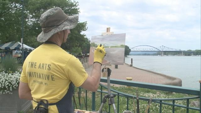 Plein Air Paint Out lets local artistscreate on final day of Riverfest
