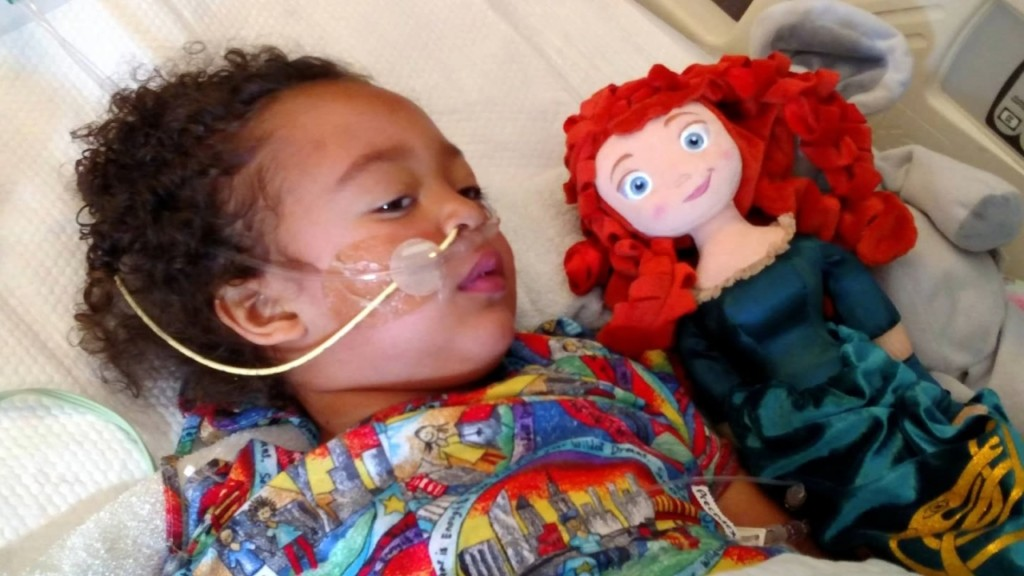 Preschool teacher, 4-year-old recovering after 'perfect kidney' transplant