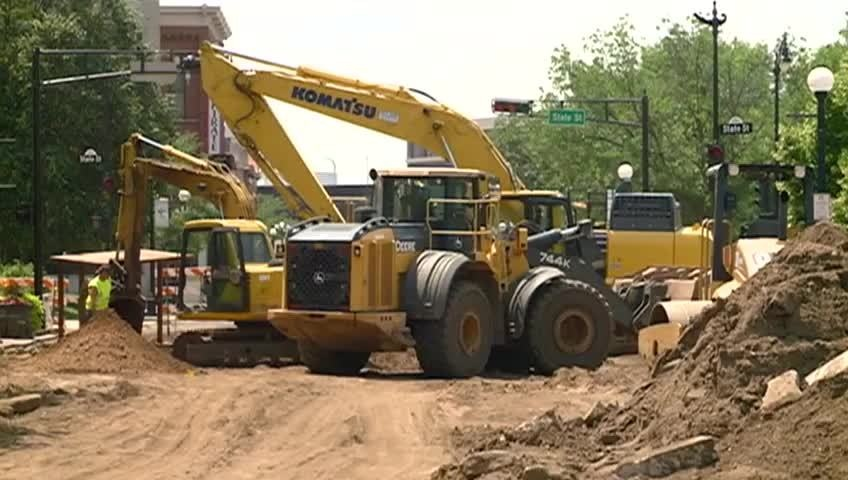 Downtown construction along 2nd Street on schedule