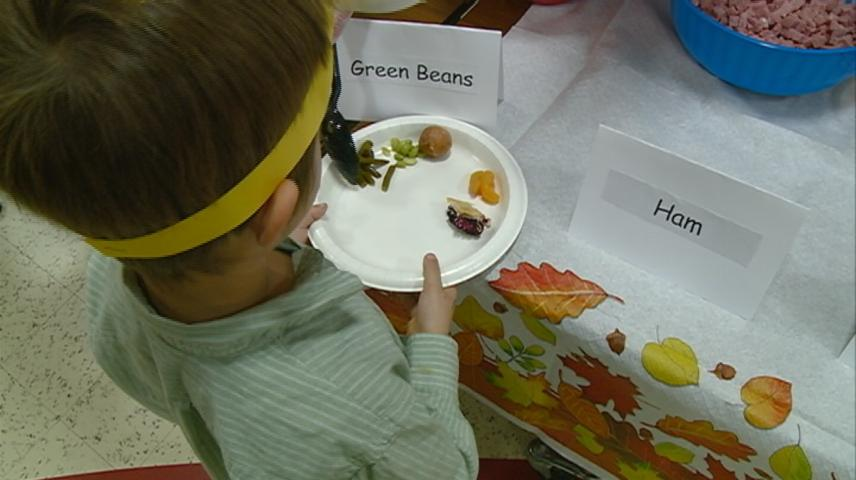 Hamilton Elementary students eat their way through the alphabet with the ABC Feast