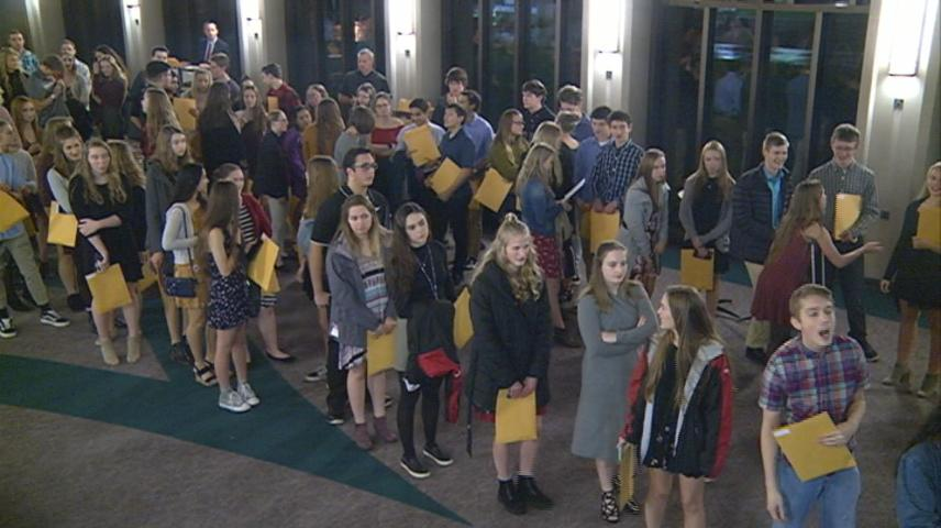 Hundreds of La Crosse high schoolers recognized for academic achievements