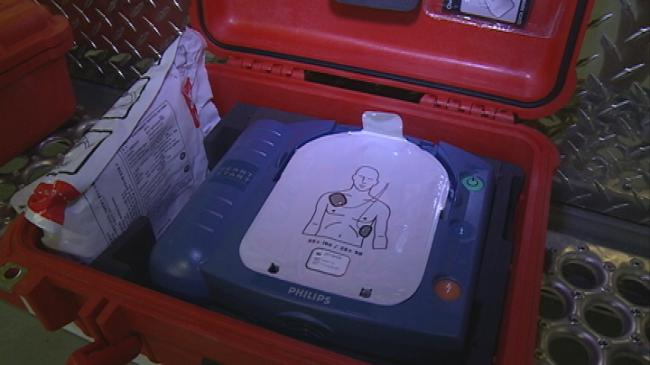 Tri-State loans out free AEDs