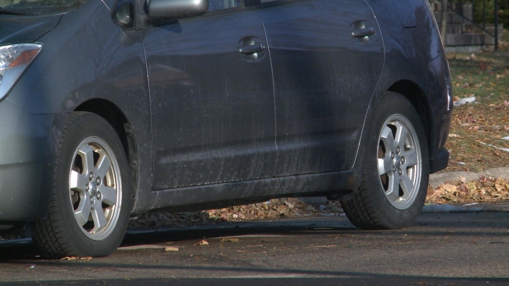 More than 1,200 parking citations on first night of alternate side parking in La Crosse