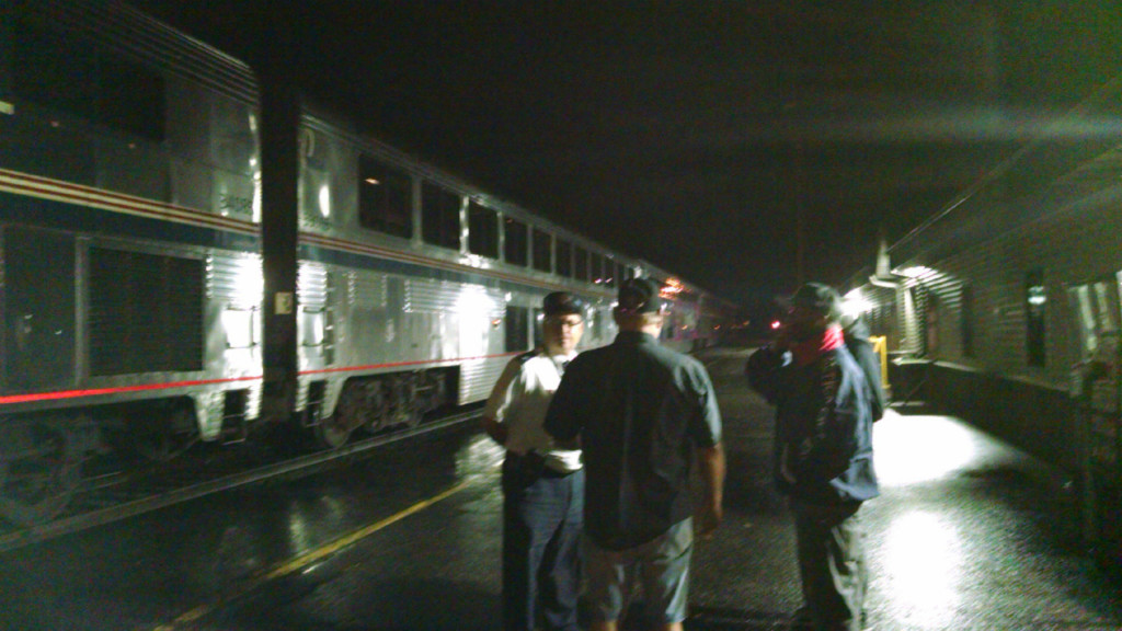 Amtrak: 400 passengers stopped on rails for more than 12 hours due to flooding