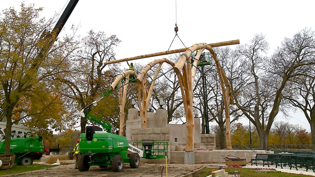 Band shell construction work continues in La Crosse's Riverside Park