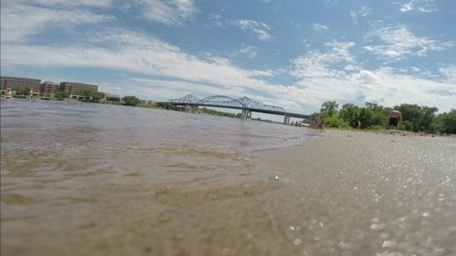 Lifeguards warn of swimming dangers in river