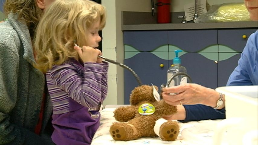 Kids learn about health care using teddy bears