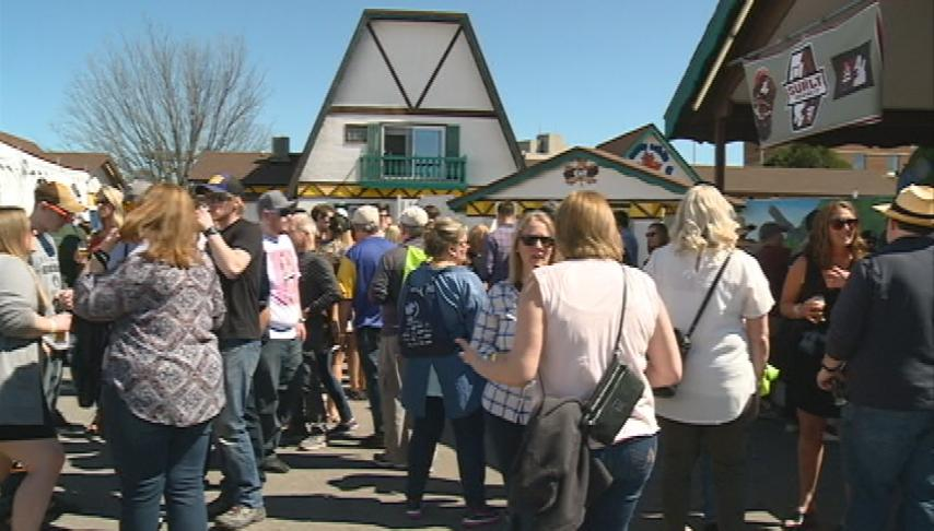 Between the Bluffs Beer, Wine and Cheese Festival draws thousands