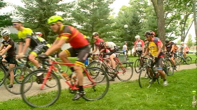Hundreds of bicyclists pedal through La Crosse