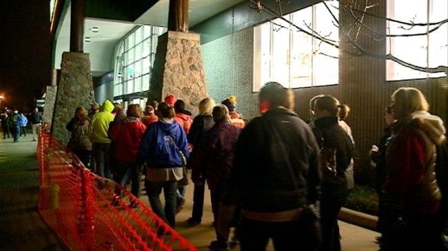 Black Friday draws shoppers in