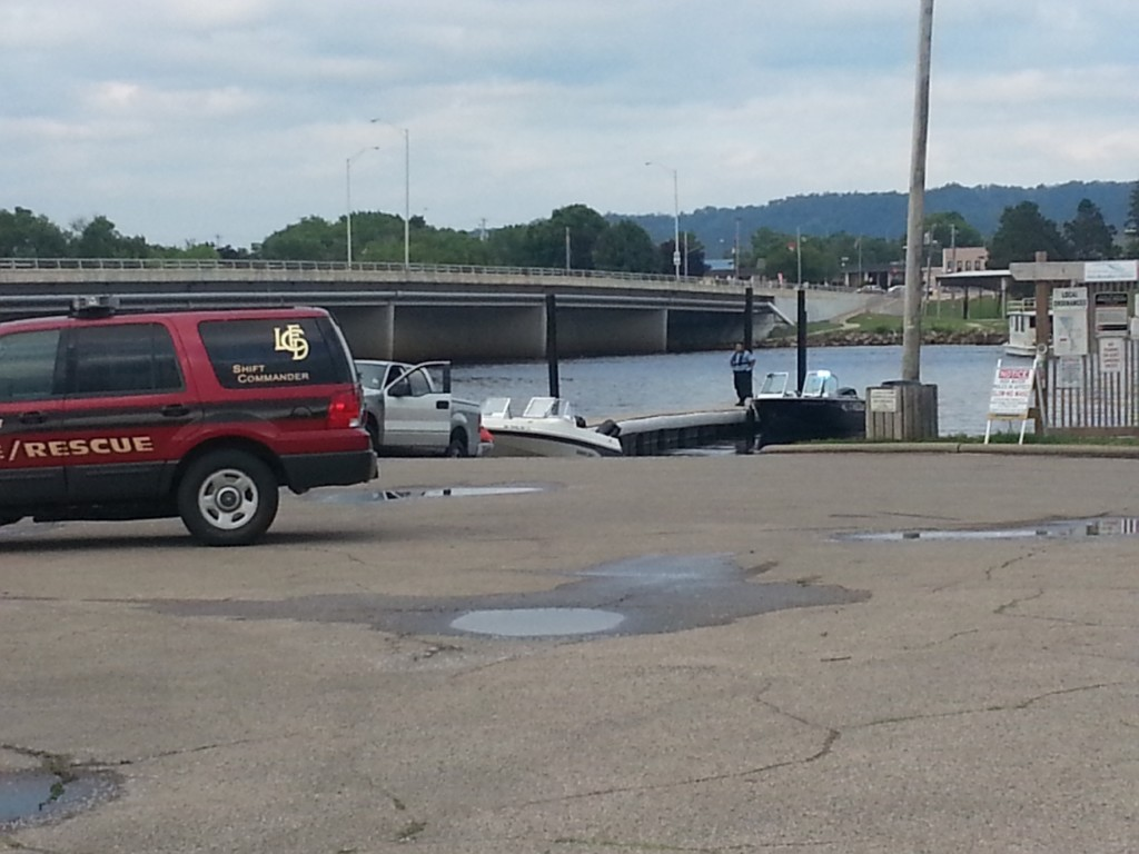 Crews recover body from Black River