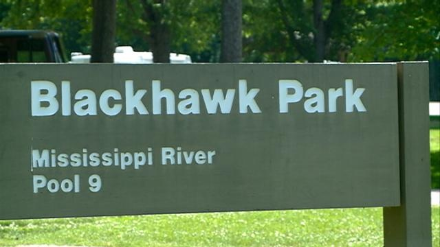9-year-old boy pulled from Mississippi River dies
