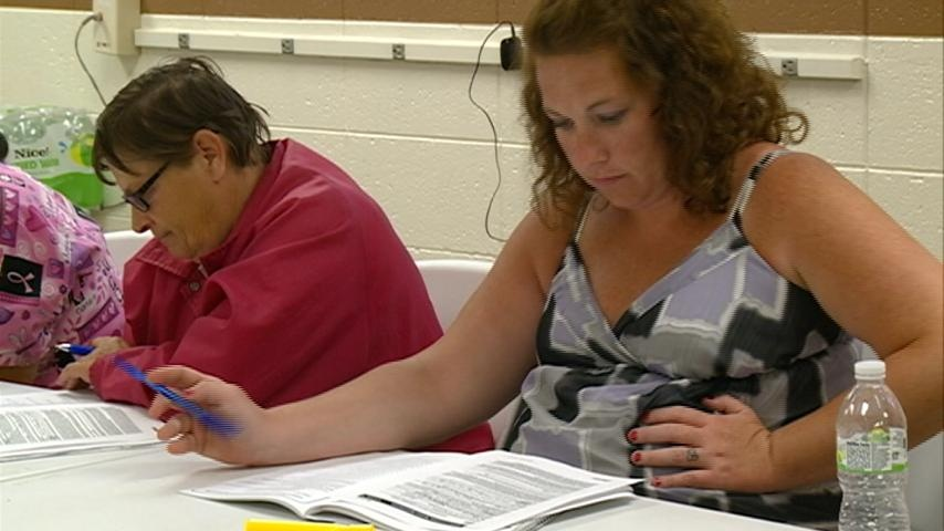 """""""Rent Smart"""" class works to combat homelessness"""