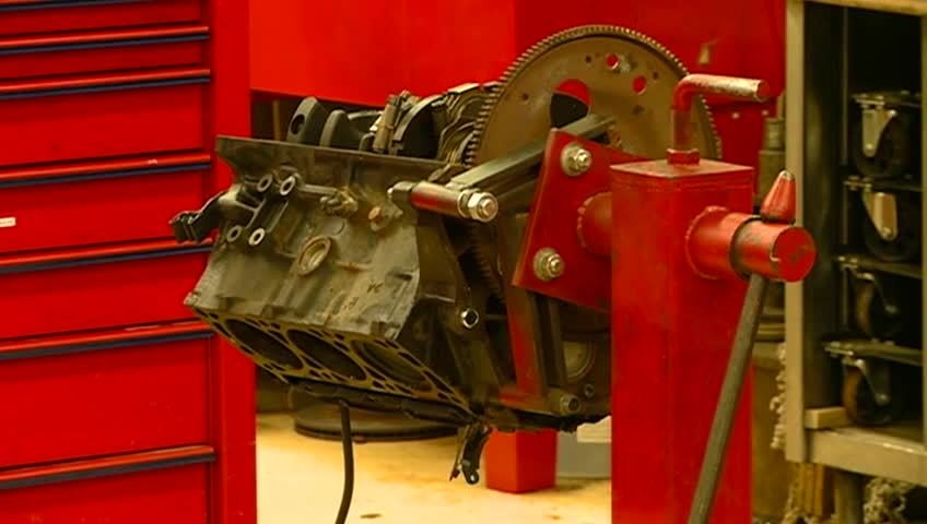 'Blueprint for Prosperity' grant trains students to be mechanics