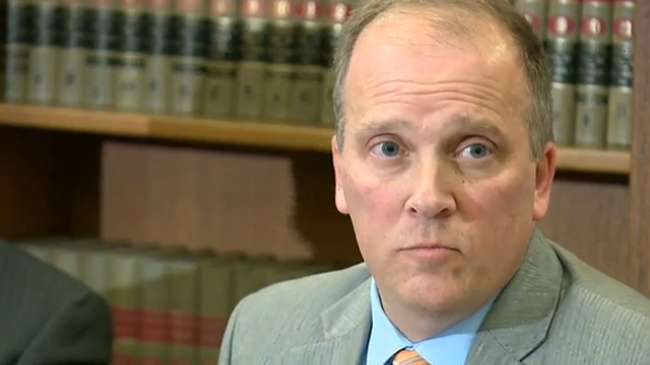 Schimel rips state bar for handing award to felon
