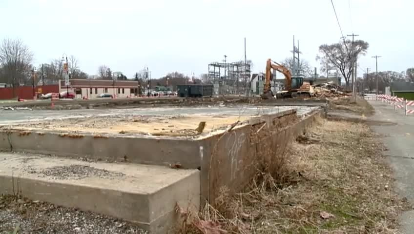 Braund Lumber building demolished on Hwy 35 in Onalaska
