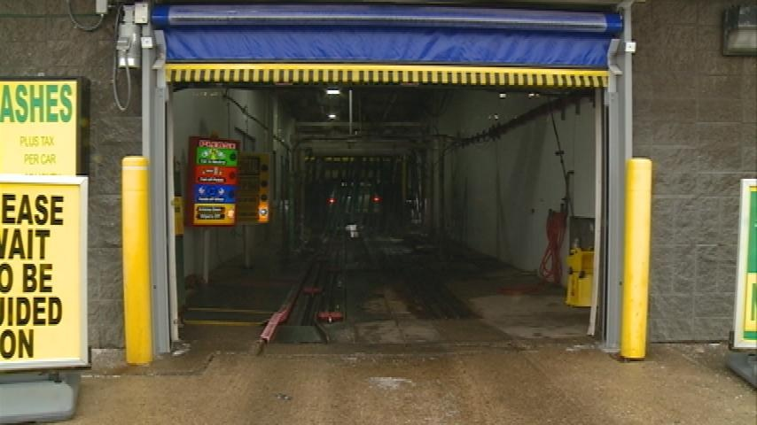 Warmer winter weather results in spike in car washes