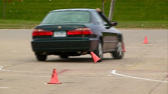 Car clinic helps teens stay safe behind the wheel