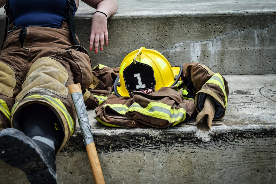 Minnesota researchers to improve female firefighting clothes