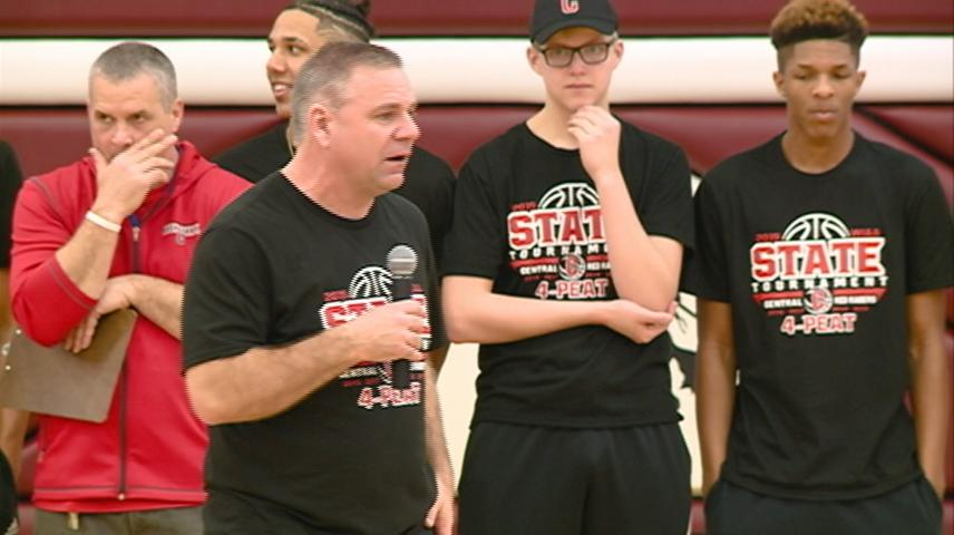 Central High School wishes boys basketball team well as they head for state