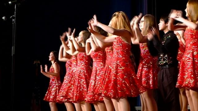 Area show choirs hold Chocolate Soiree fundraiser
