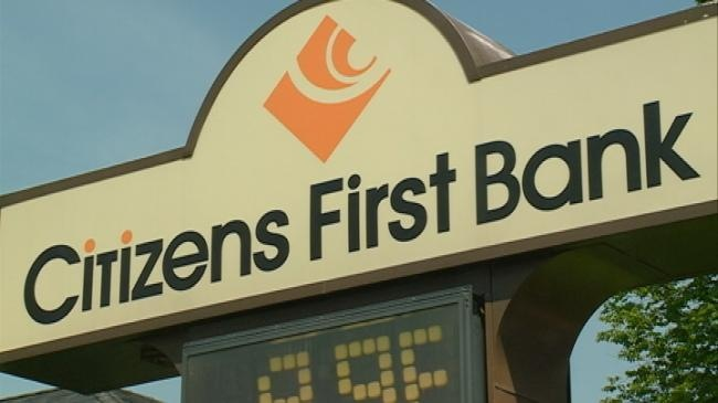 Police investigating Trempealeau bank robbery