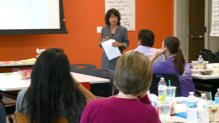 Group holds mental health first aid class