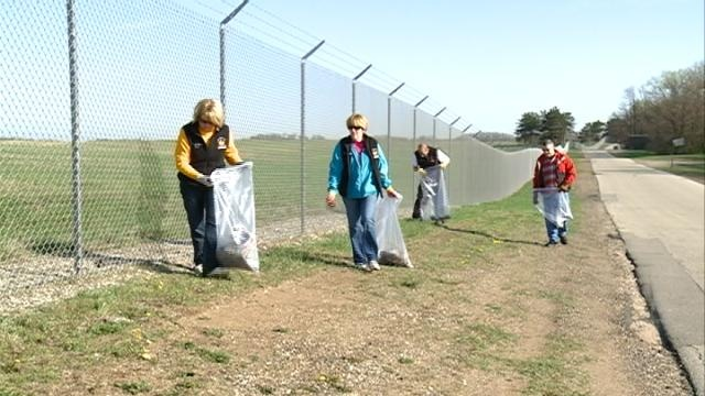 22nd annual River Clean Up kicks off