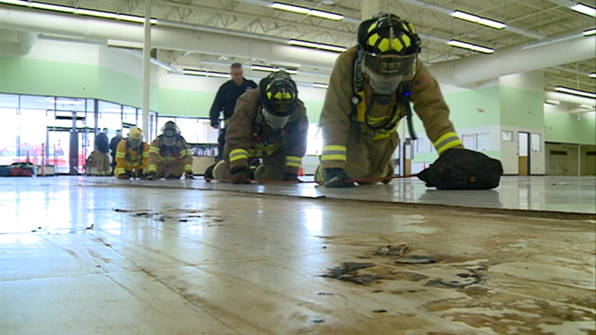 Area fire departments gather in Holmen for rescue training