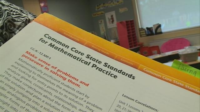 Walker backing off his call for Legislature to repeal Common Core