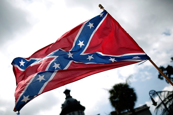 Minnesota student can display Confederate flag