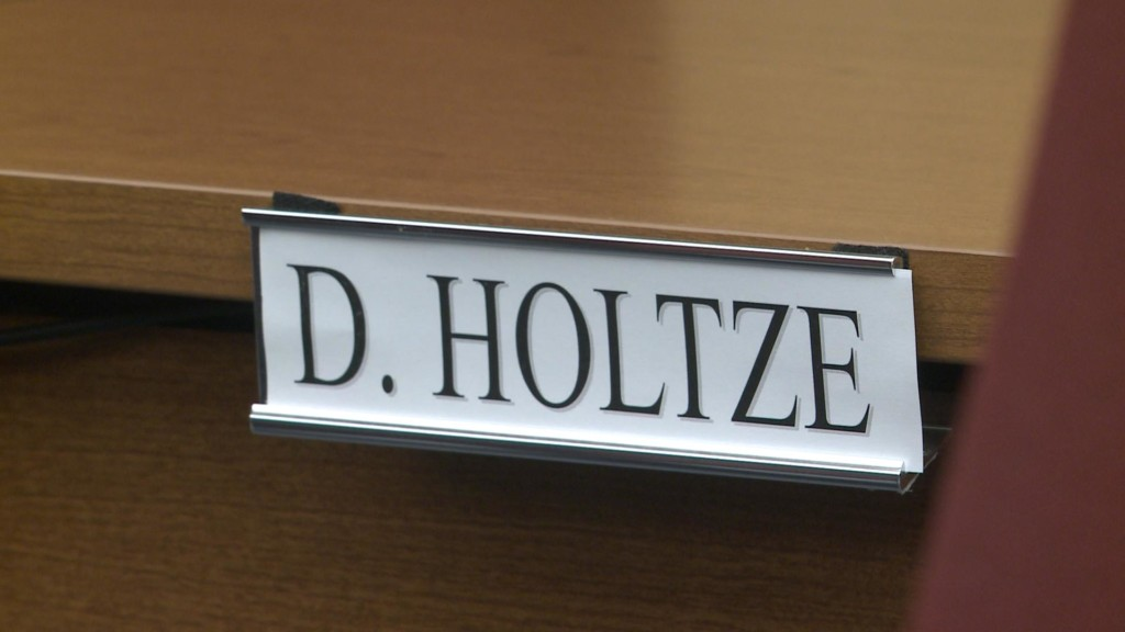 La Crosse County board member David Holtze passes away