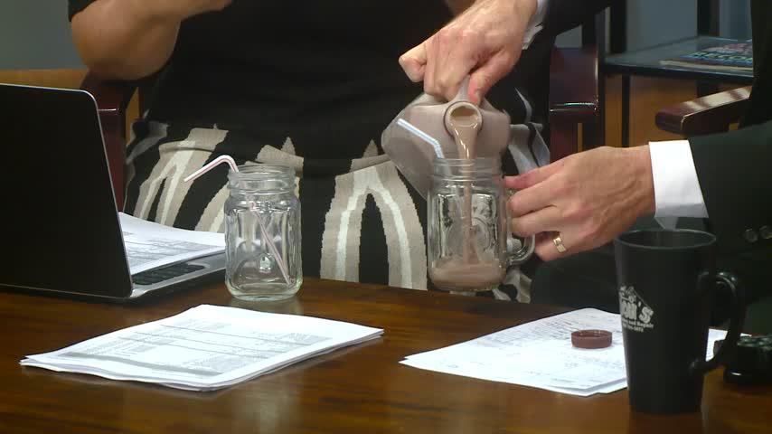 Study finds chocolate milk out-performs sports drinks