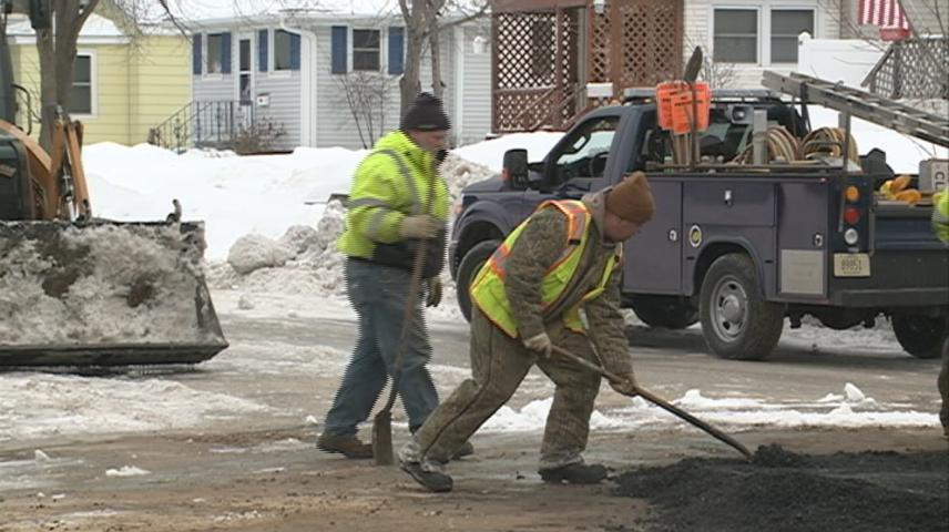 Water main break creates issues on La Crosse's southside