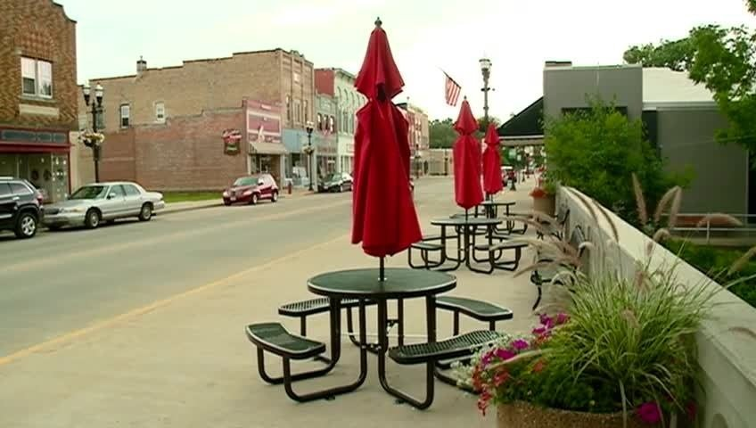 New plaza added to downtown Sparta, seeking entertainment
