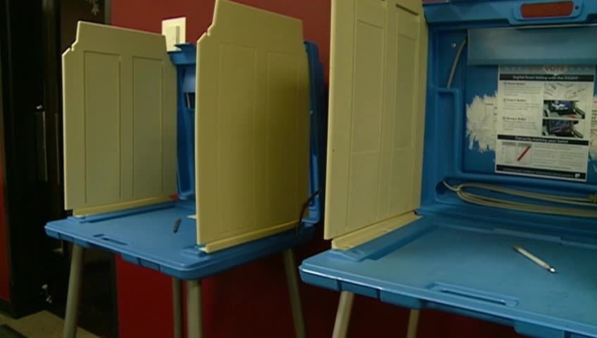 Early absentee voting begins Monday