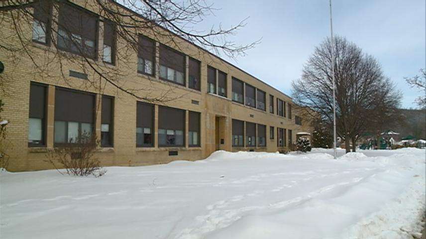 Future of La Crosse Emerson Elementary discussed at meeting
