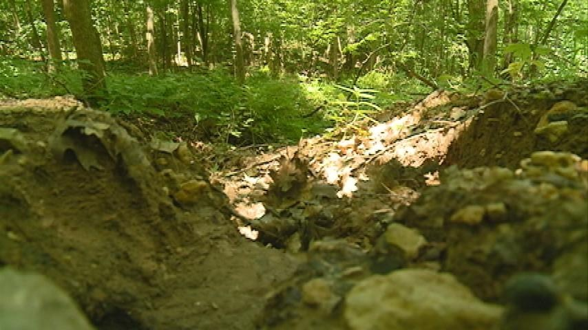 City working on erosion in bluffs