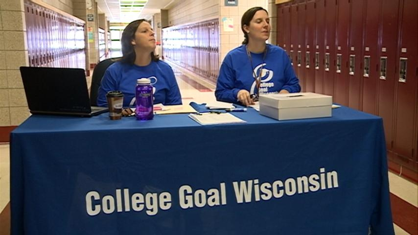 Future, current college students get help with the FAFSA
