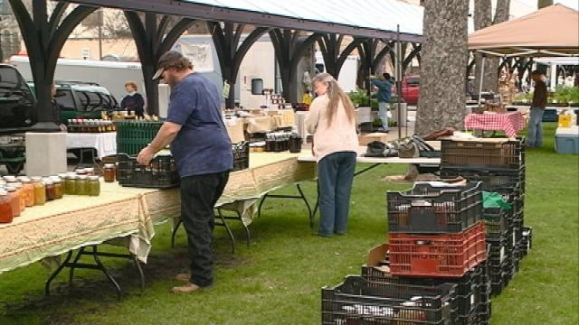 Wis. farmers markets often don't accomodate food programs