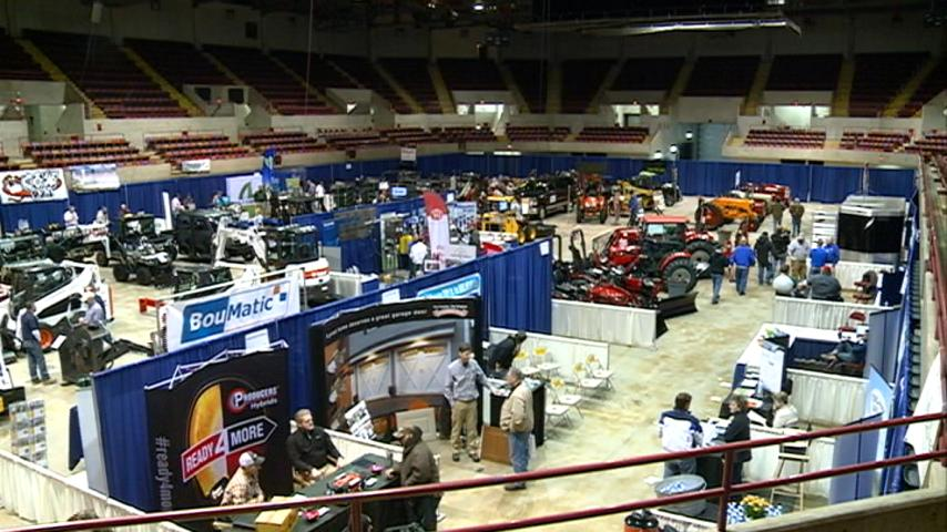 Farmers gather for 39th annual Midwest Farm Show