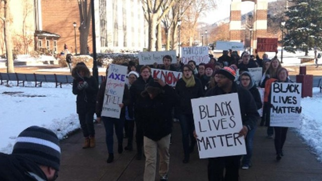 UW-La Crosse students protest Ferguson decision