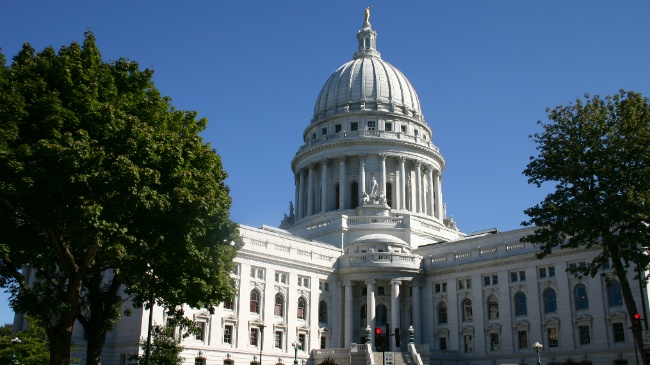 DOA: Wisconsin Capitol reopens following 'credible bomb threat'