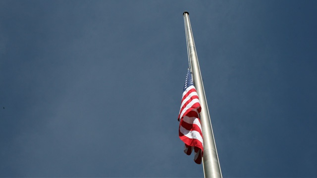 Iowa gov orders flags lowered to honor Pearl Harbor sailor