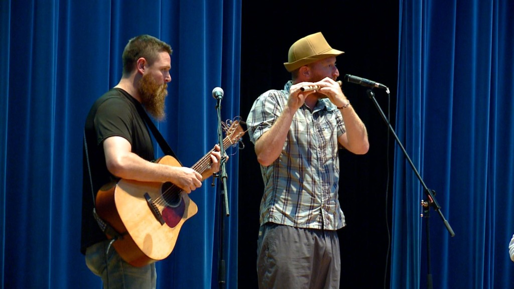Great River Folk Fest brings music to area kids