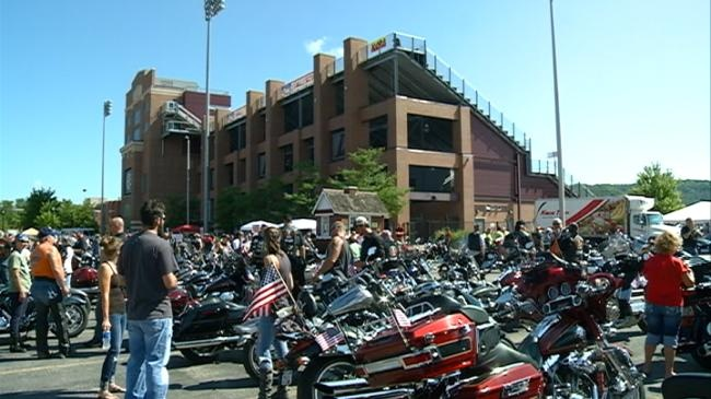 Motorcycle riders kick off Freedom Fest