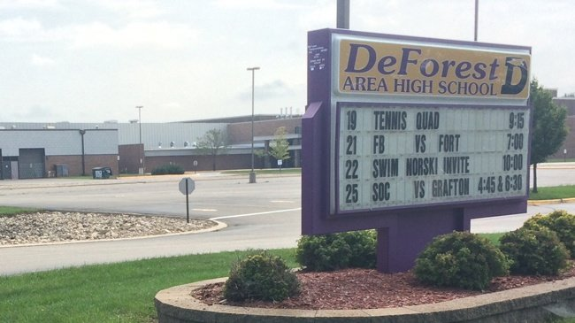 Police: 2 students involved in threat that closed DeForest schools
